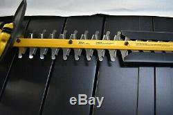 Dewalt 20v Max Li-Ion 22 Inch Hedge Trimmer DCHT820 (Tool Only)